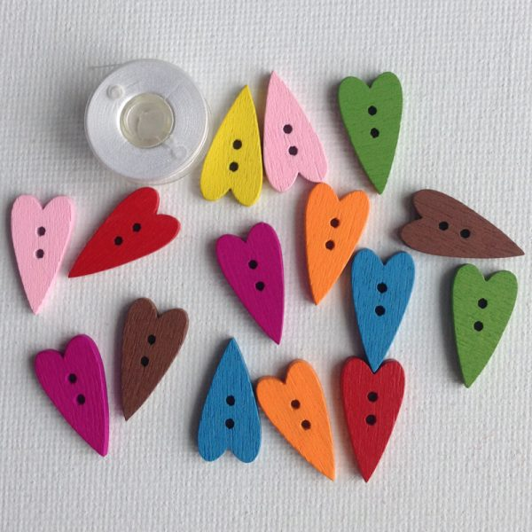 1002-wooden-skinny-heart-buttons