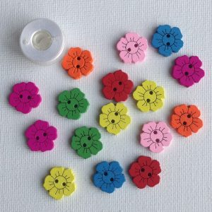 1001-wooden-daisy-buttons