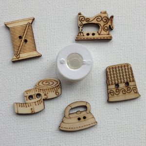 1013-wooden-sewing-themed-buttons