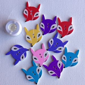 1015-wooden-fox-buttons
