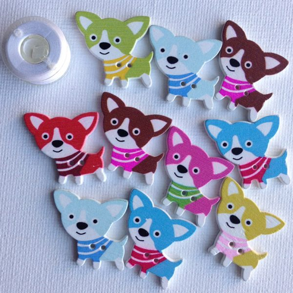 1018-wooden-chihuahua-puppy-buttons