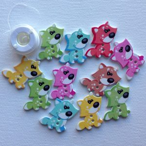 1019-wooden-cartoon-puppy-buttons