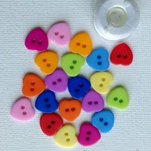 1041-resin-small-heart-buttons