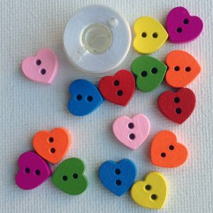 1102-wooden-tiny-heart-buttons