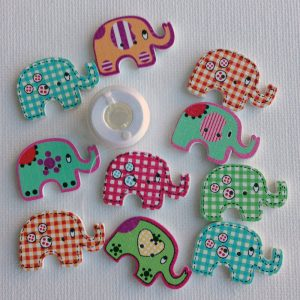 1113-wooden-elephant-patterned-buttons