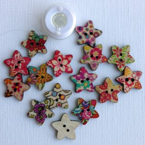 1115-wooden-star-patterned-natural-buttons