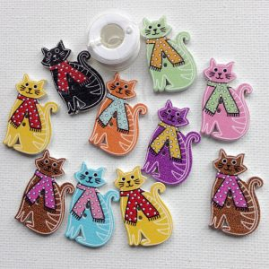 1129-wooden-sitting-cat-colourful-buttons