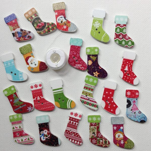 1020-stocking-buttons-patterned