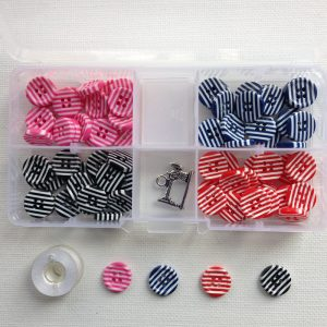 K104-striped-fancies-resin-buttons