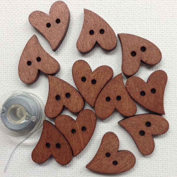 1104-1-heart-wooden-buttons-natural