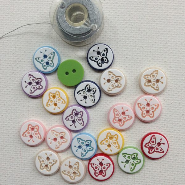 1175-butterfly-designs-in-round-buttons