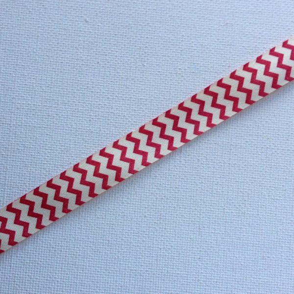 R117-zigzag-red-cream-ribbon-58