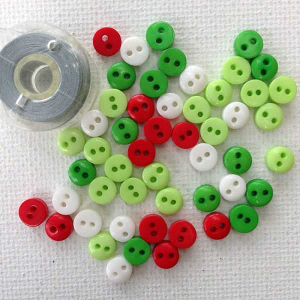 micro-sized-christmas-resin-buttons