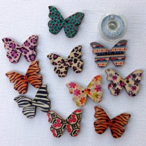 1195-butterfly-buttons-patterned-natural