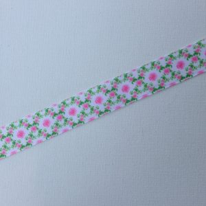 R129-delicate-pink-roses-and-green-leaves-ribbon
